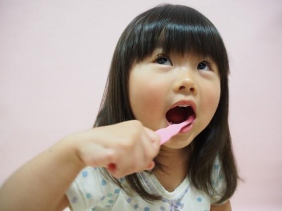 虫歯は削らなくても良い!認知症予防にも守りたいお口の健康