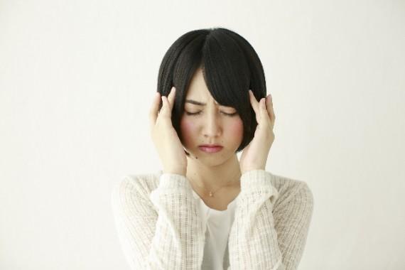 頭痛持ちの方必見!長引く頭痛の本当の原因と、解消法について