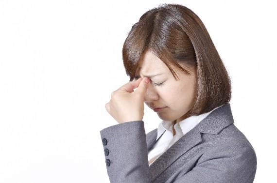 疲れ目に悩む方急増!放置すると怖い眼精疲労への3つの対策