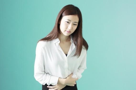 胃下垂による健康被害とその原因、治療法についての一考察